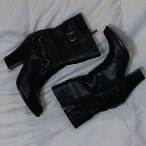 Woman's Black Leather Harley Davidson Boots